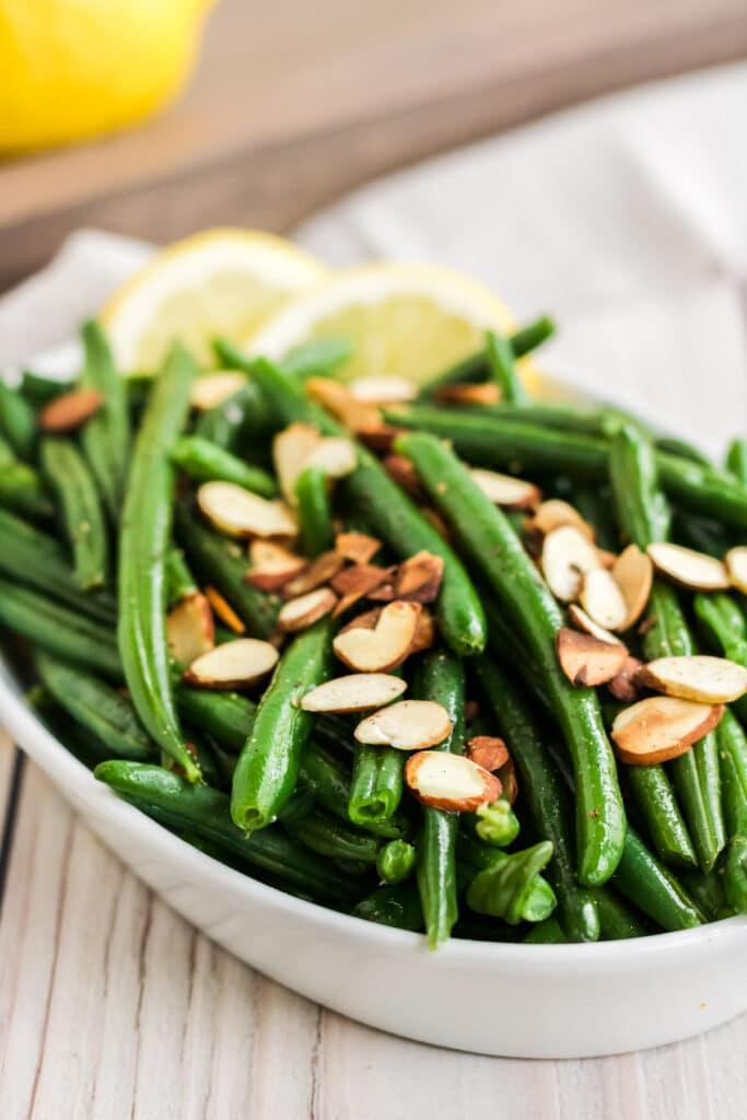 green beans almondine plated