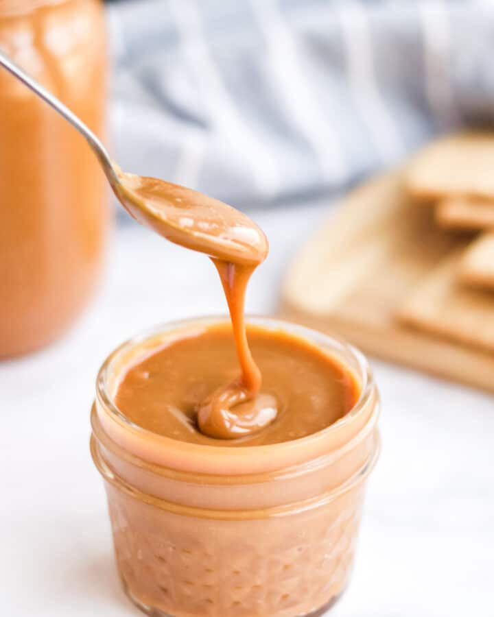 instant pot dulce de leche dripping off spoon